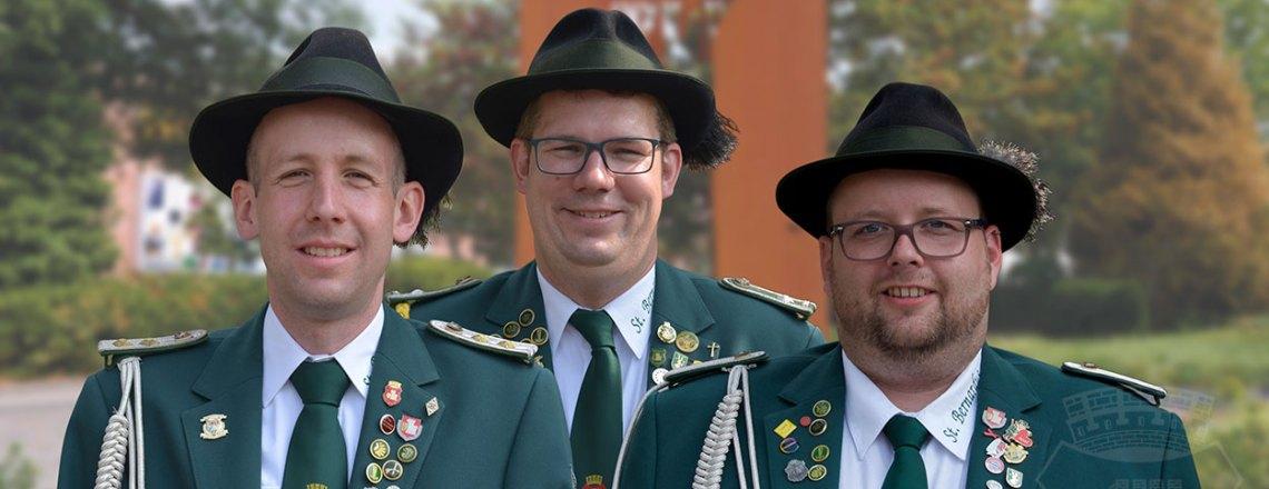 Drei Bernardiner – und einer wird der neue Schützenkönig