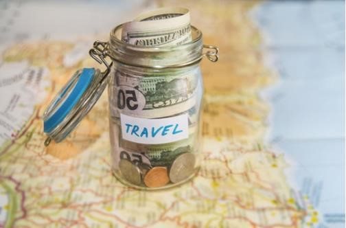 https://www.shutterstock.com/fr/image-photo/travel-budget-vacation-money-savings-glass-331662818