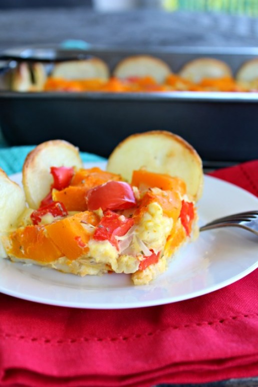 butternut & red pepper quiche with potato base (gluten free) | www.berrysweetlife.com