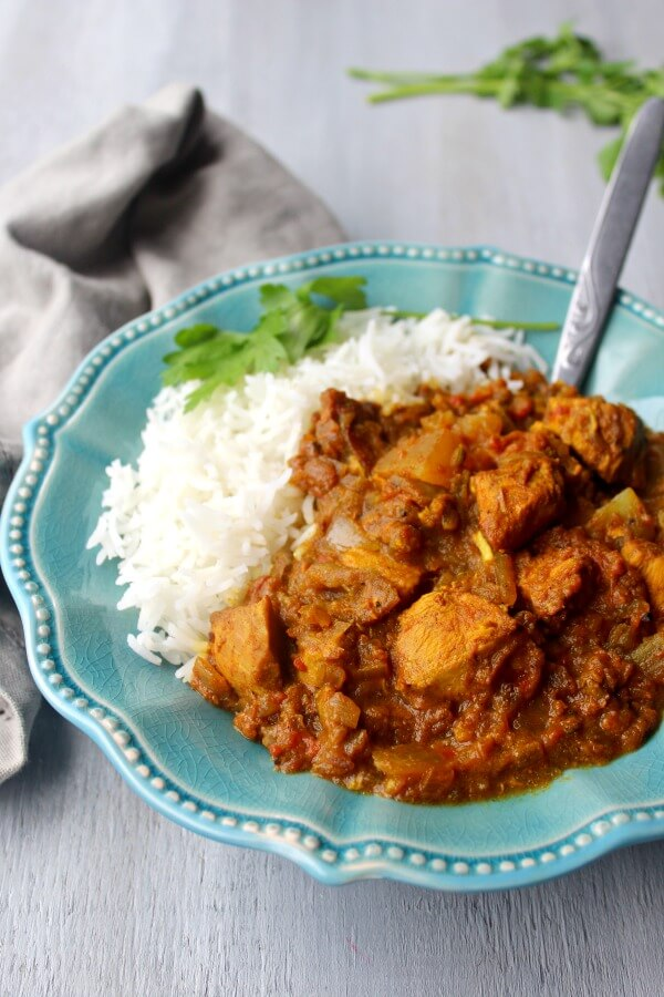 Sweet & Sour Cape Malay Chicken Curry. A traditional flavoursome Cape Malay Curry with sweet potatoes. It's easy to make and the perfect dish to serve your friends and family | berrysweetlife.com