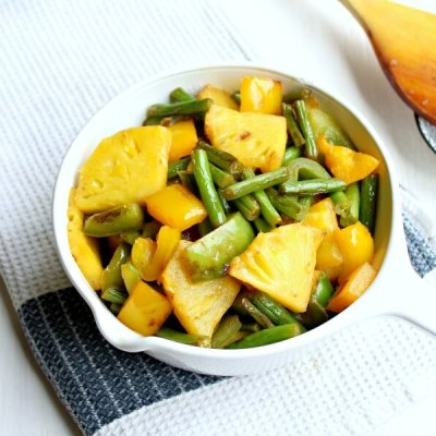 Green Bean Yellow Pepper Pineapple Stir Fry