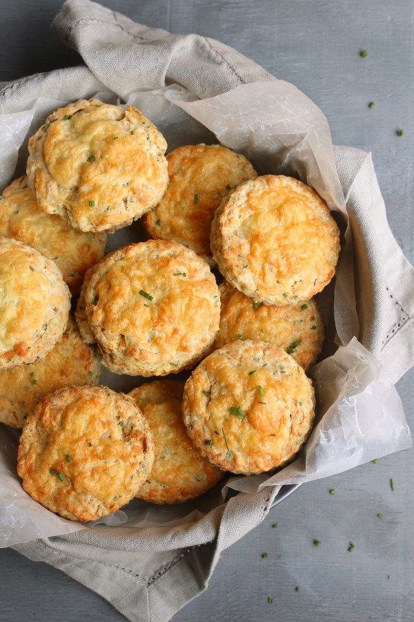 Savoury Cheese & Chive Scones. Soft & fluffy with melted cheese on top, the perfect easy scone recipe that everyone will love! | berrysweetlife.com