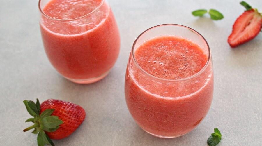 Healing Fresh Pineapple Berry Juice