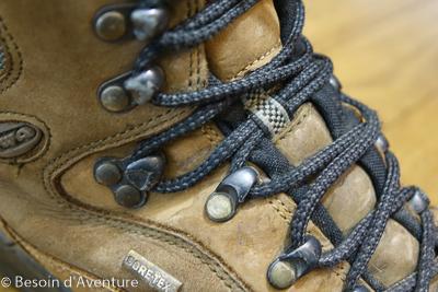 Comment-choisir-chaussure-randonnée-crochet-lacet-low