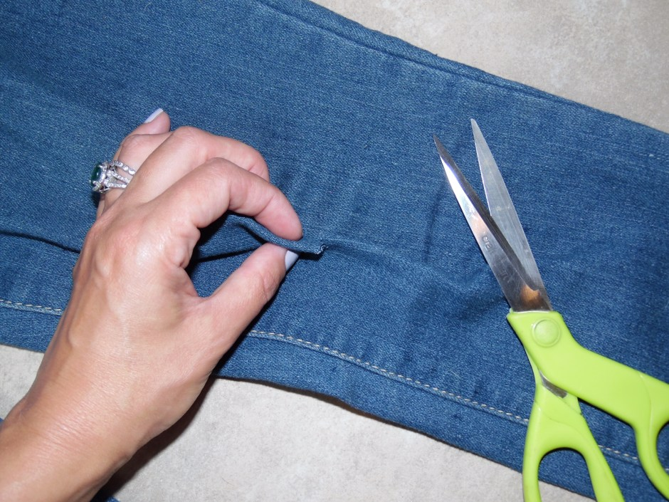 diy-distressed-jeans-1