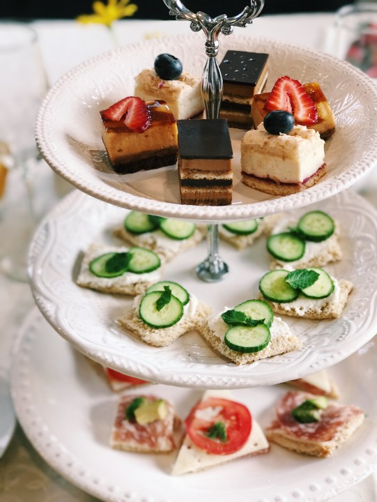 how to throw a tea party, afternoon tea