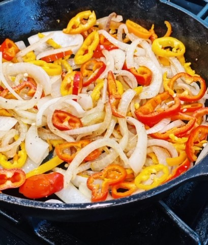 how to make one skillet onions and peppers with sausage
