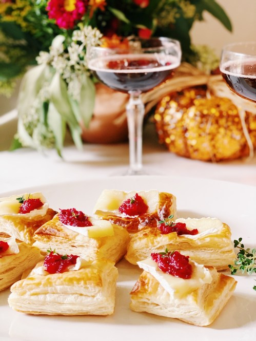 mini brie and cranberry bites