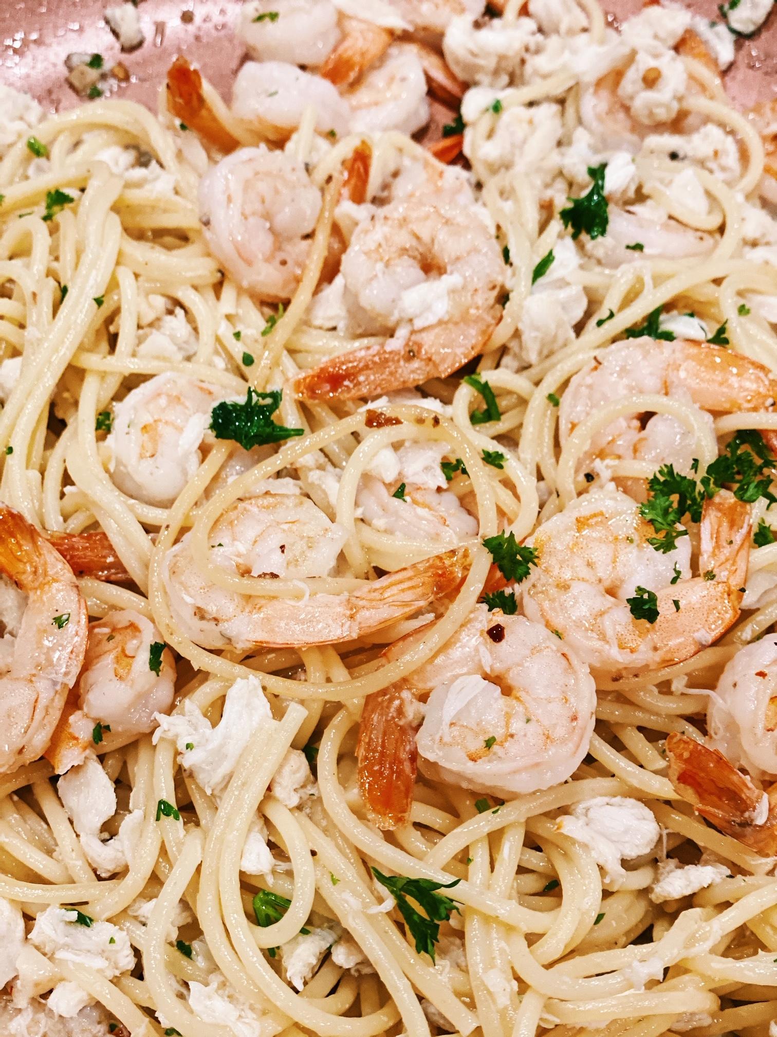Shrimp And Crab Pasta In White Wine Sauce Besos Alina