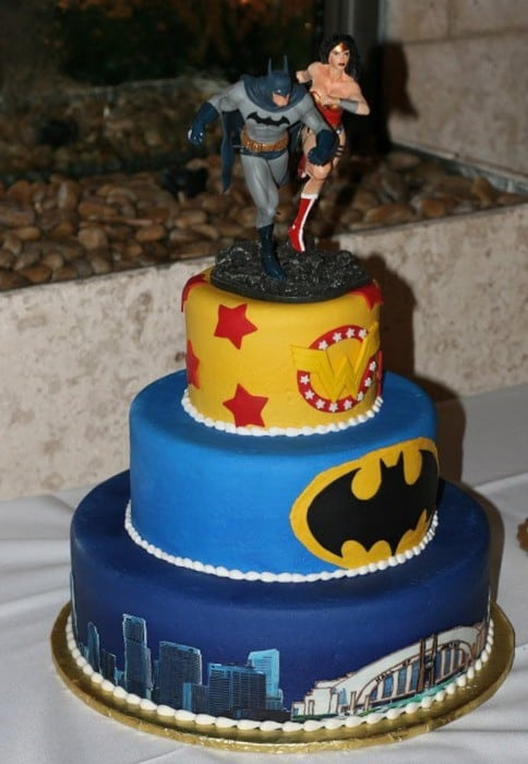 wonder woman wedding cake wednesday wedding inspiration new year s bespoke 27587