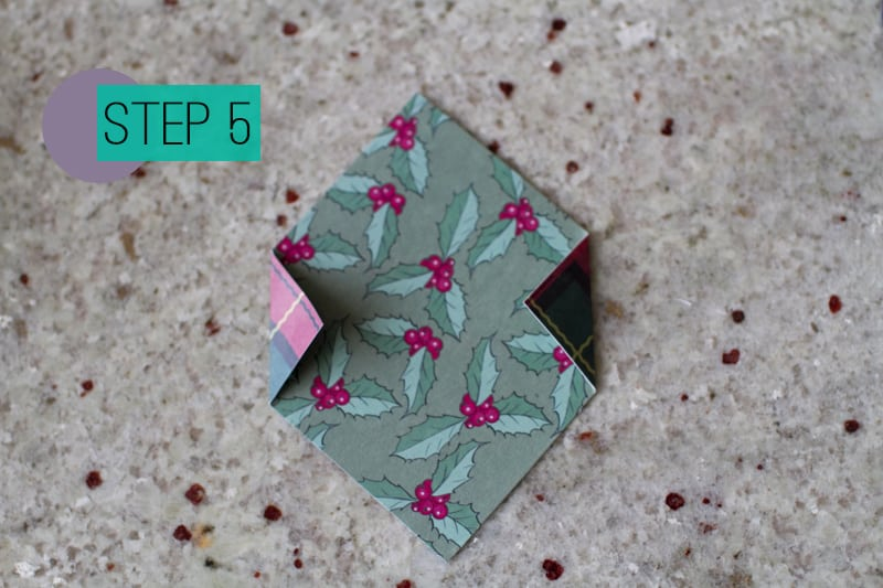 DIY How To Make A Christmas Advent Calendar with Envelopes-6