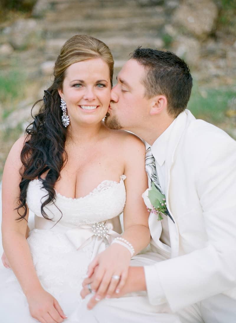 Wedding blog, top wedding blog, best wedding blog, farm wedding, ranch wedding, wedding planning, wedding planning website, wedding site, wedding website, wedding ideas, wedding inspiration, DIY Wedding, wedding photography blog, wedding photography,