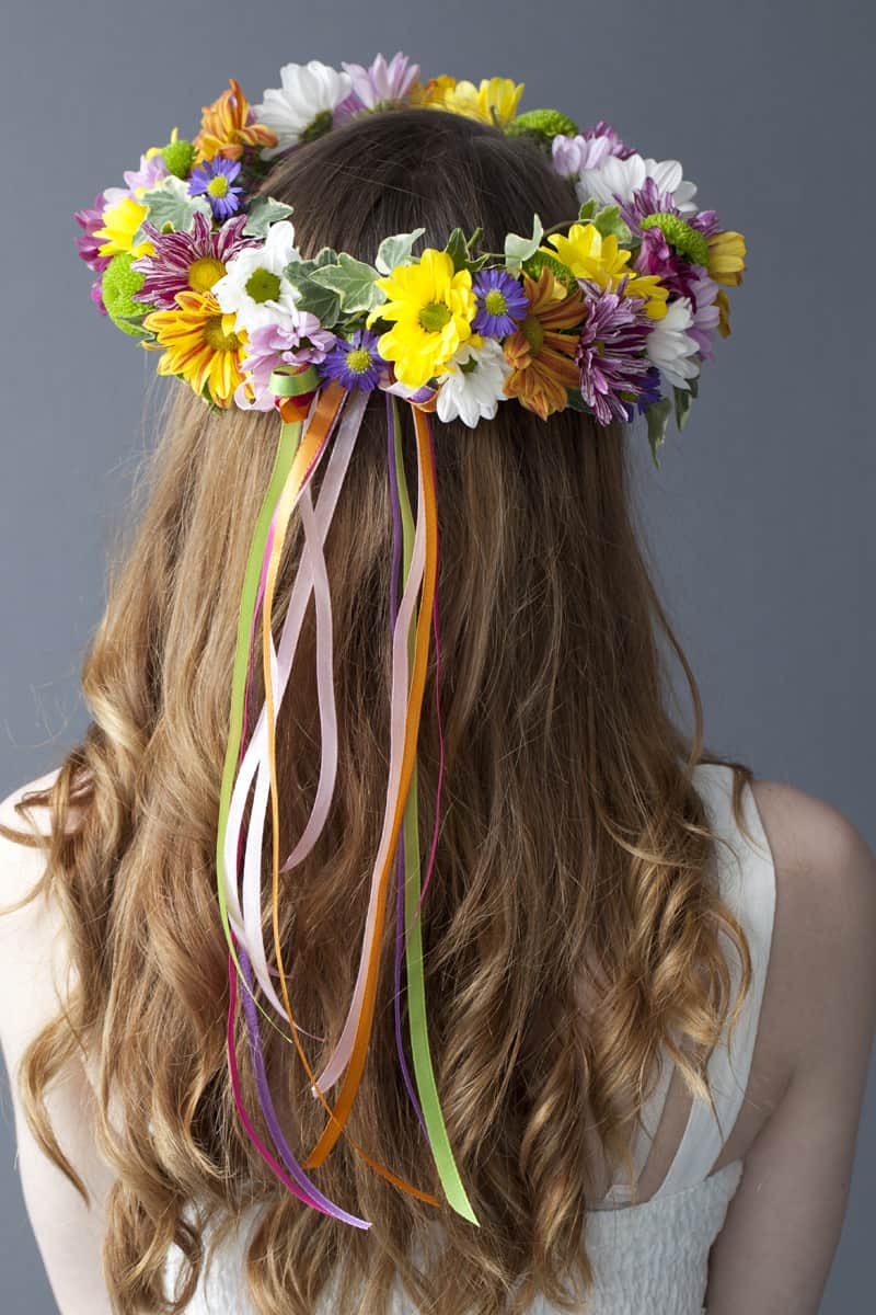 How to Make a Vibrant Hair Garland