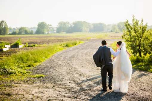 A Rustic Country Romantic Apple Orchard Barn Wedding Indiana 45