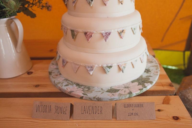 A Handmade & Laid-back Backyard Wedding in a Tipi (38)