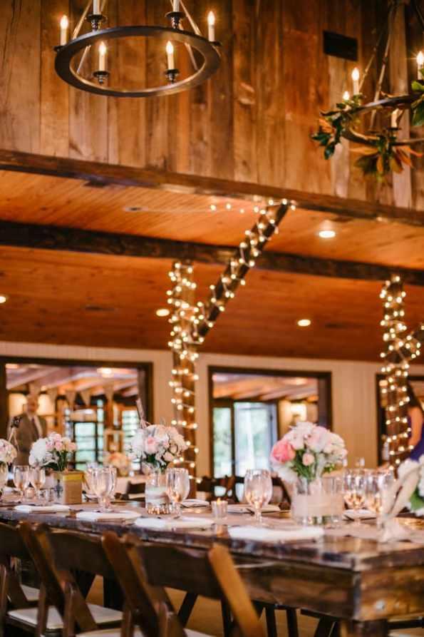 A Carefree & Romantic Rustic Wedding (36)