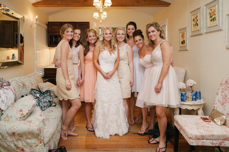 A Carefree & Romantic Rustic Wedding (7)