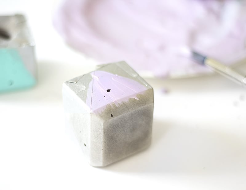 DIY Geometric Concrete Candle Holders (11)