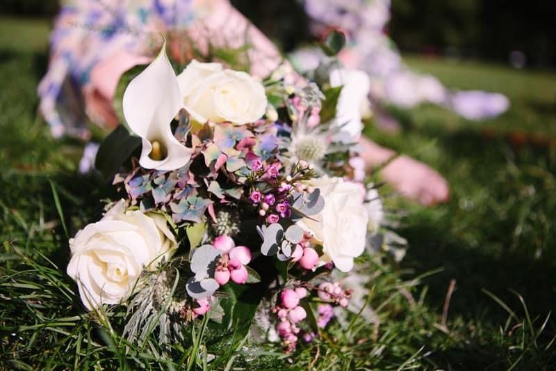 Stylish, Intimate Family Picnic Wedding (14)