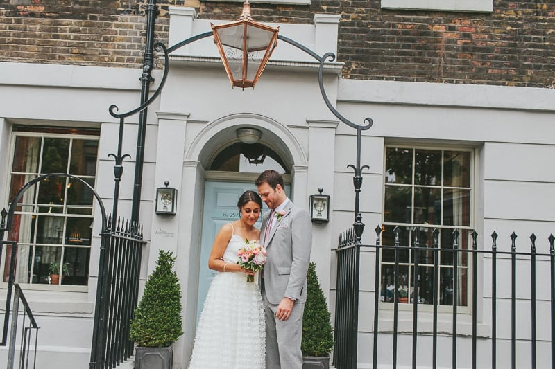 Glamorous two piece wedding gown for a relaxed rooftop wedding in Camden (16)