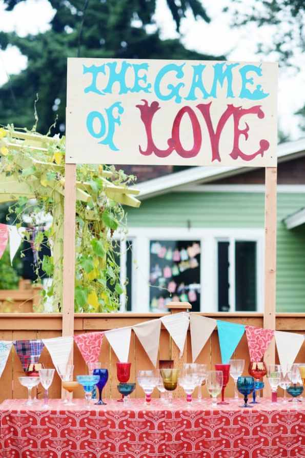 A Colourful Fun Vintage Italian Backyard Carnival Wedding (36)