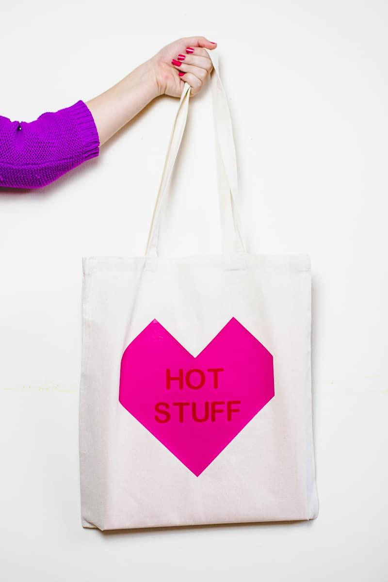 Conversation Heart Tote Bags DIY Valentines Gift Bridesmaid Presents Tutorial-2