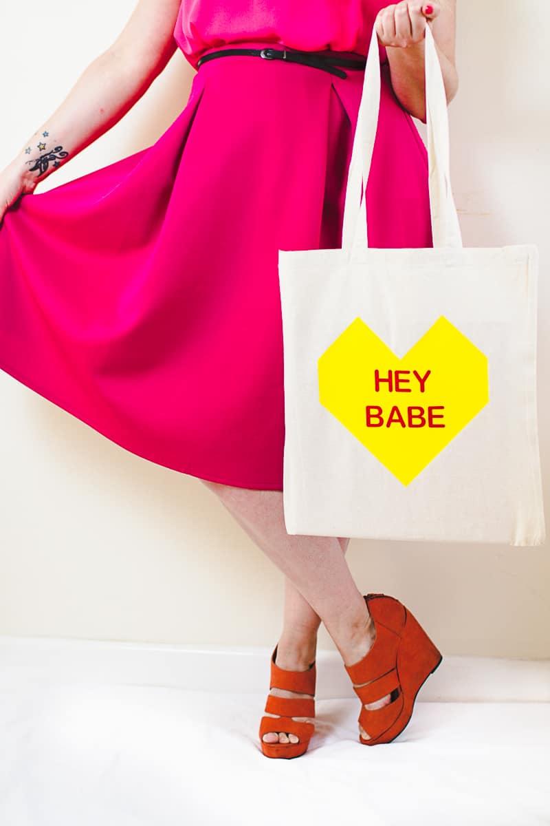 Conversation Heart Tote Bags DIY Valentines Gift Bridesmaid Presents Tutorial-5