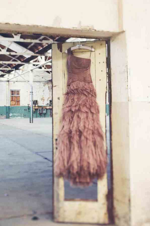 INDUSTRIAL BOHEMIAN STYLED SHOOT IN AN ABANDONED WAREHOUSE (1)