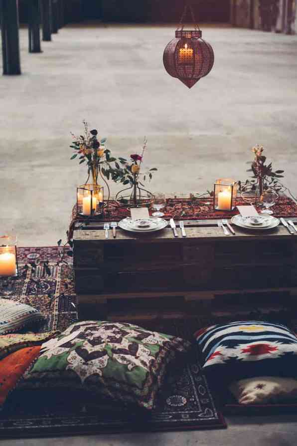INDUSTRIAL BOHEMIAN STYLED SHOOT IN AN ABANDONED WAREHOUSE (24)