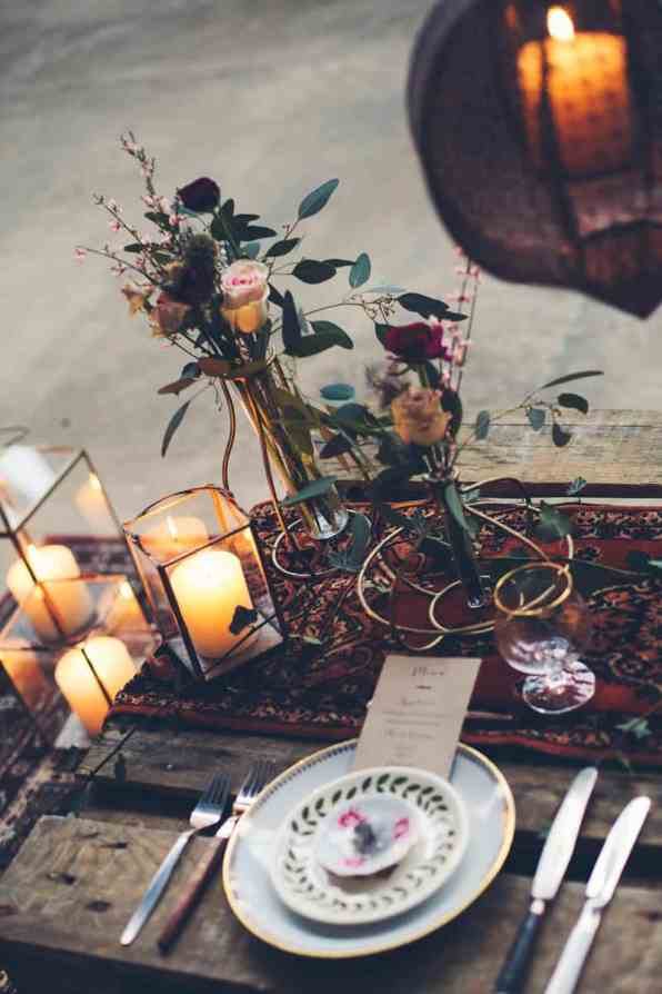 INDUSTRIAL BOHEMIAN STYLED SHOOT IN AN ABANDONED WAREHOUSE (25)
