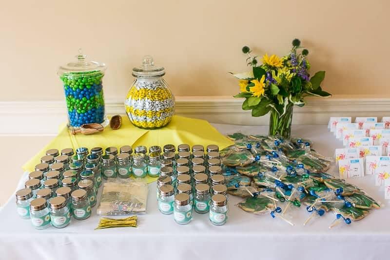 Pinwheel Themed Wedding with Colourful Sunflowers Backyard Inspiration-16