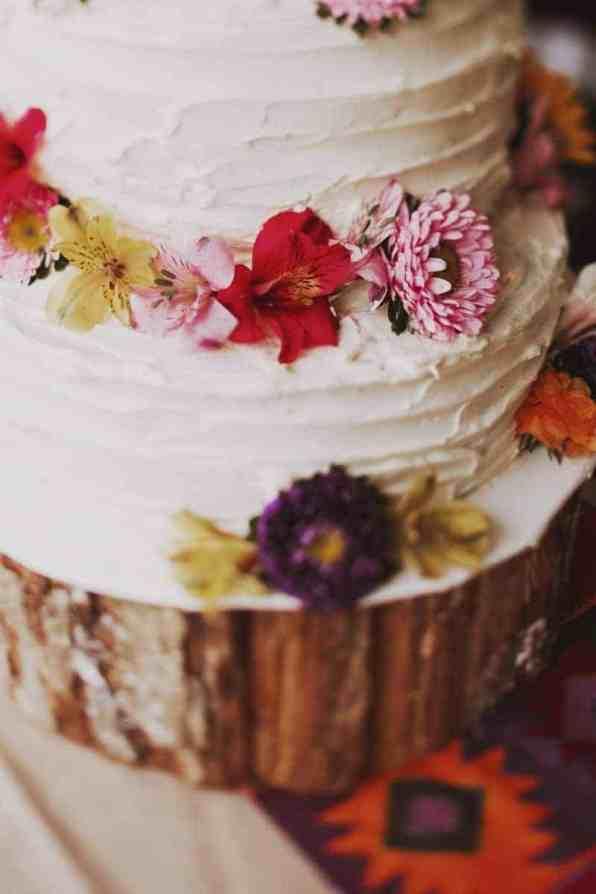 A BRIGHT & BEAUTIFUL TECHNICOLOUR WEDDING IN THE RAIN! (22)
