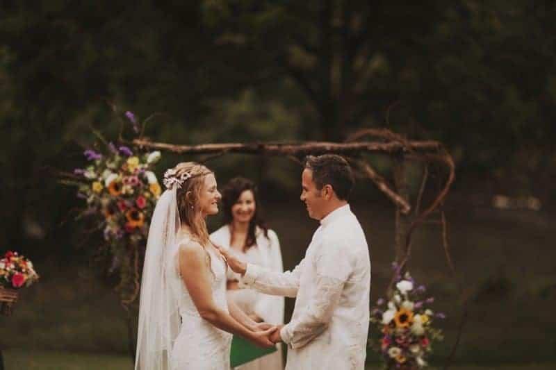 A BRIGHT & BEAUTIFUL TECHNICOLOUR WEDDING IN THE RAIN! (9)