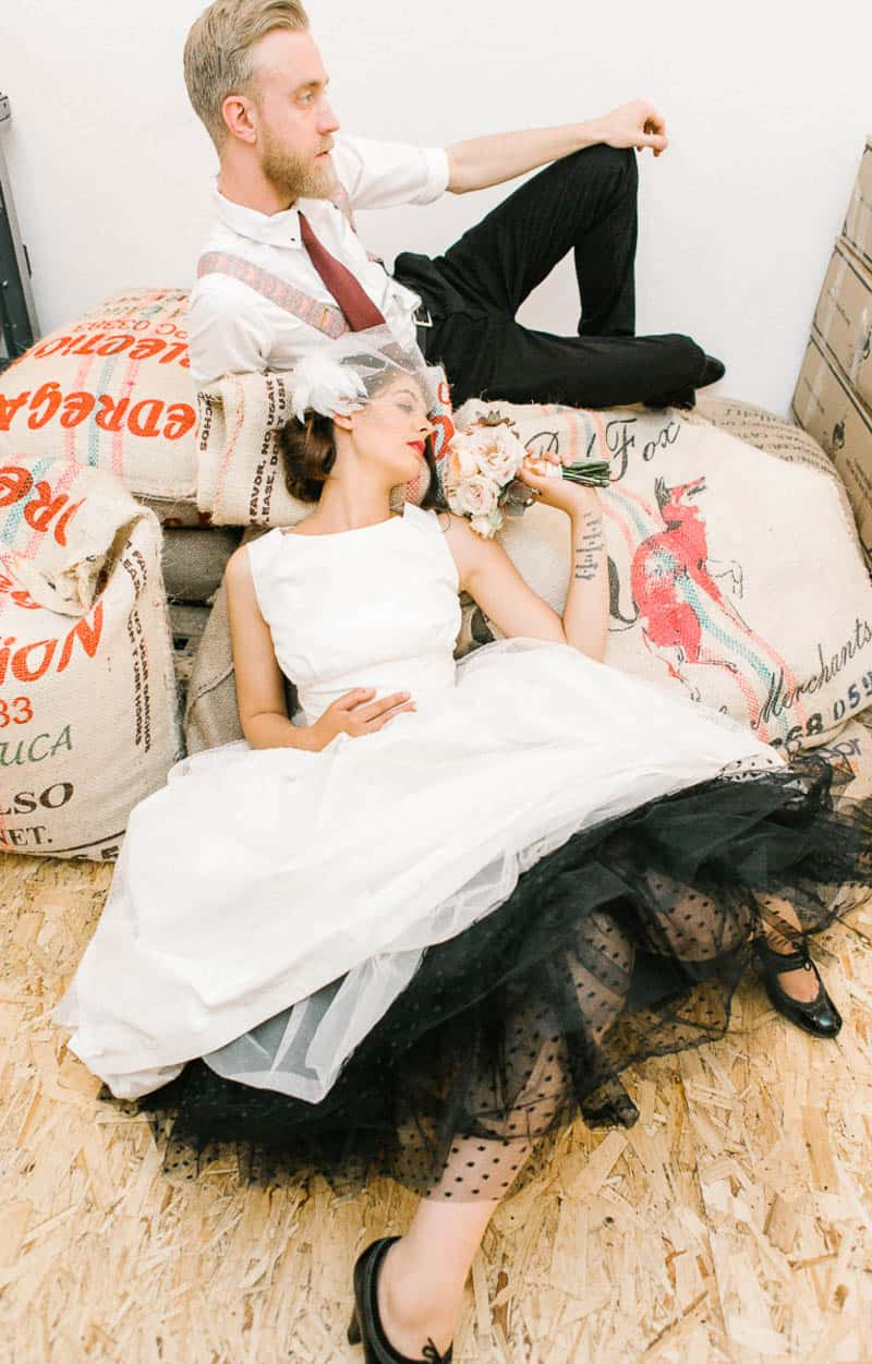 COFFEE HOUSE CRUSH STYLED SHOOT INTIMATE WEDDING INSPIRATION (3)