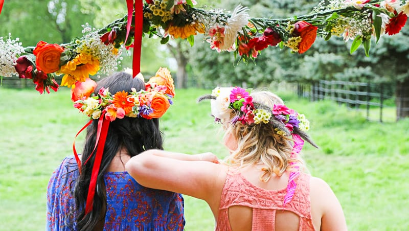 Behind the scenes Free People Festival Wedding Inspiration with Bespoke Bride-10