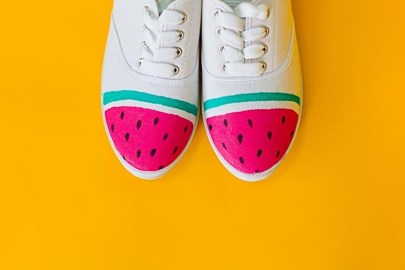 DIY Watermelon Shoes Fabric Paint Fruit themed sneakers pumps_-3