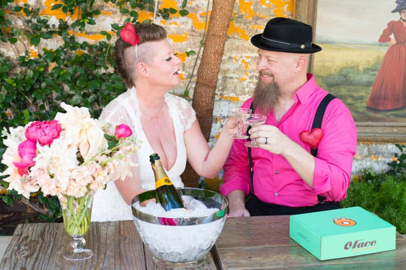 PINK TO MAKE THE BOYS WINK! AN ECLECTIC LAS VEGAS ELOPEMENT (7)