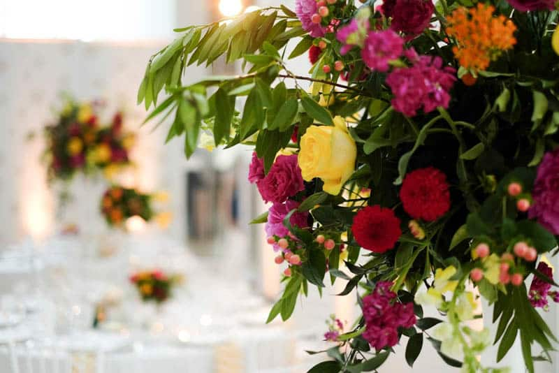 Bold & Vibrant wedding with an oversized Confetti wedding cake! (14)