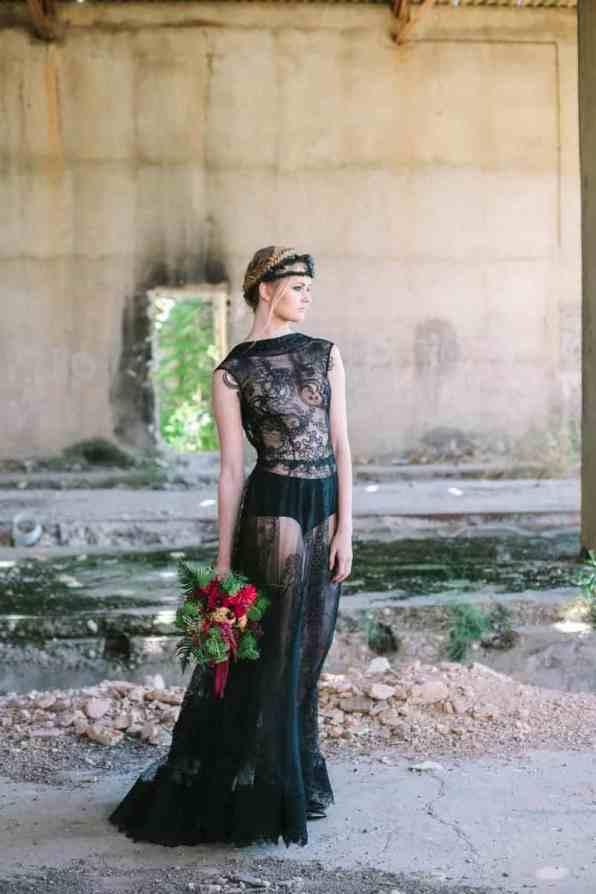 Wedding in Black for Halloween (4)