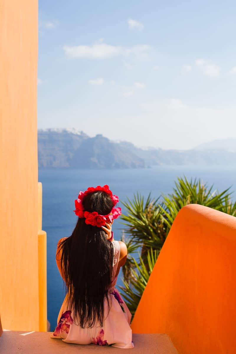 Santorini Oia Travel Guide Reccomendations Honeymoon Colourful Place Greece_-78