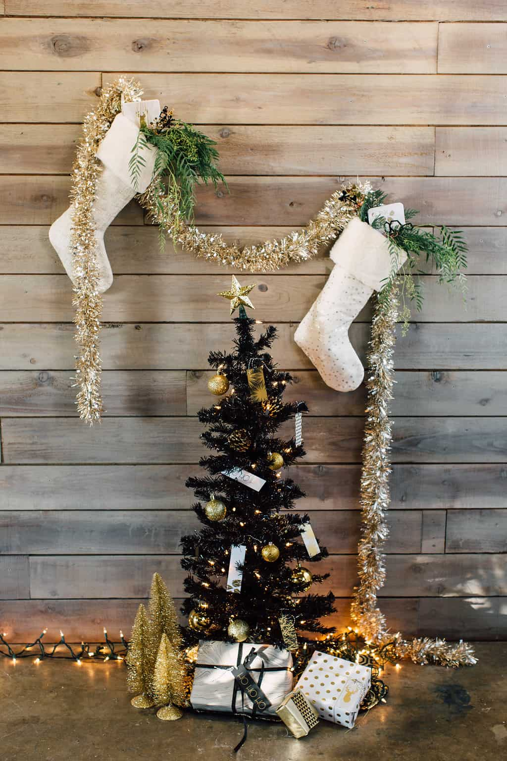 the roc shop holiday inspiration. how to hang a stocking when you dont have a fireplace + fun stocking fillers for him & her (1)