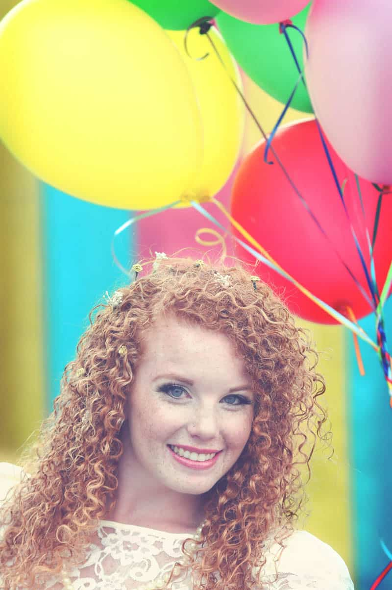Colourful retro carnival wedding styled shoot (8)