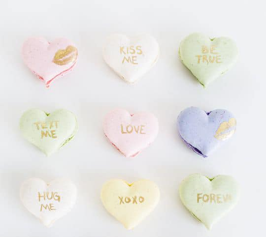 DIY CONVERSATION HEART MACAROONS