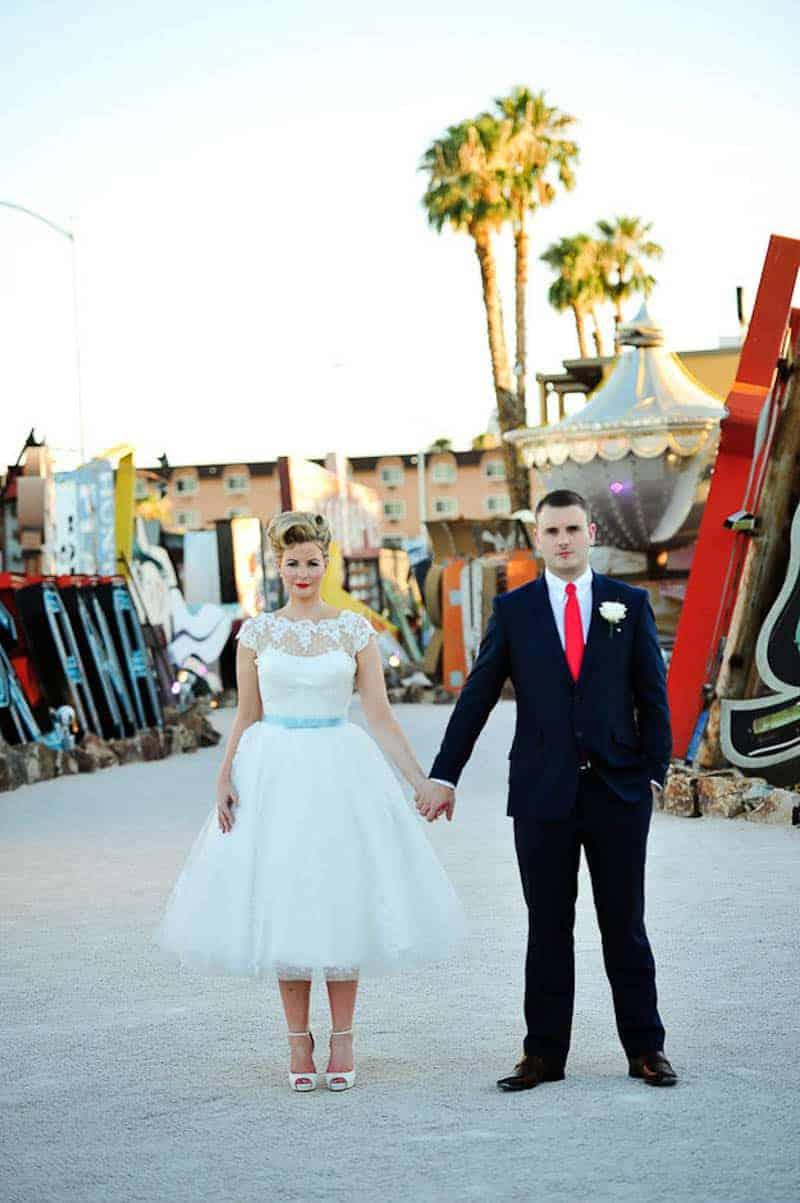 Couple celebrates milestone 30th Birthday by eloping to Vegas (15)