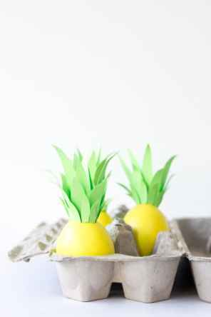 DIY-Pineapple-Easter-Eggs1-600x900