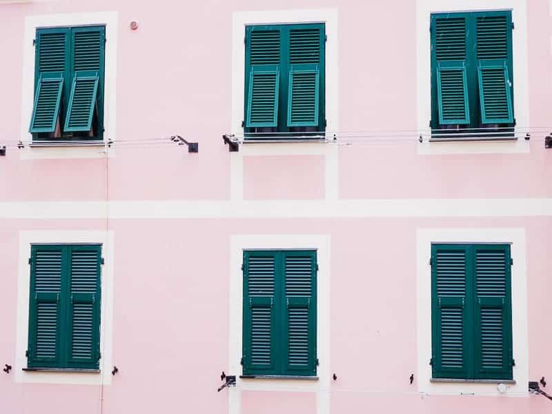 Cinque Terre Travel Guide Train Hiking Italy Information Advice Reccomendation Colourful_-25