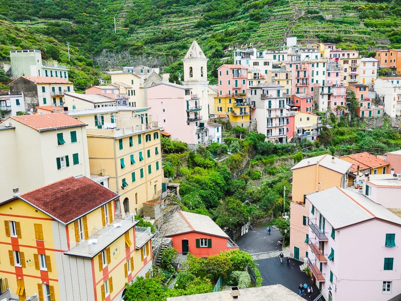 Cinque Terre Travel Guide Train Hiking Italy Information Advice Reccomendation Colourful_-76