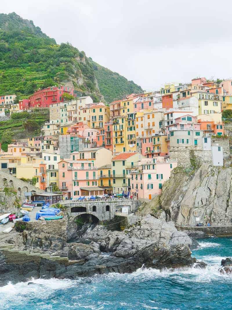 Cinque Terre Travel Guide Train Hiking Italy Information Advice Reccomendation Colourful_-84