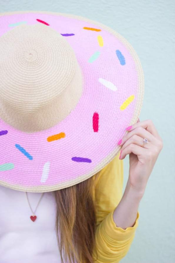DIY-Donut-Floppy-Hat2-600x900