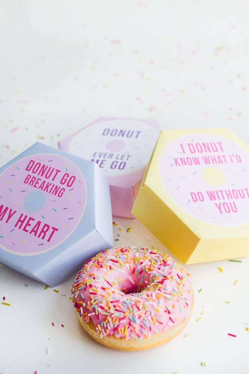 DIY-donut-boxes-free-printable-National-Donut-Day